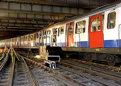 aldgate train damage